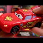 Cars 2 Lights and sounds Lightning Mcqueen die-cast Disney Pixar talking toys