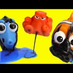 Finding Dory Bath Squirters with Dory, Hank, and Nemo Slime and Water Fight