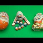Kinder Surprise Christmas Party!  Opening a New Collection of Kinder Surprise Christmas Eggs!
