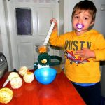 Little kids make orange juice for mumy. Funny video for children and babies
