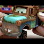 Mater with Hood Cars Chase Collection with Lenticular Eyes Disney Pixar Mattel