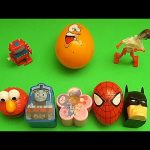 Minions Kinder Surprise Egg Learn-A-Word! Spelling Fruit! Lesson 15