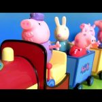 Peppa Pig on Grandpa Pig's Train Playset Musical Baby Toy Songs & Phrases – Wheels on the Bus Song