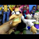 Phineas and Ferb Disney Agent P with Dr Doofenschmertz toys review From Disney channel