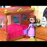 Sofia The First Royal Bed Playset Disney Princess Talking Clover the Rabbit Play Doh Disneycollector