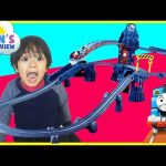 Thomas and Friends Toy Trains for kids TrackMaster Risky Rails Bridge Drop Ryan ToysReview