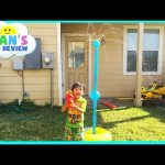 Water Toys Tetherball Family Fun Game for Kids playtime outside Ryan ToysReview