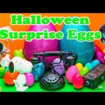 SURPRISE EGGS Scooby Doo Paw Patrol Spooky Halloween Candy and Toys Video