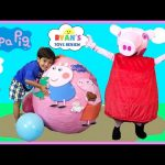 Peppa Pig Giant Surprise Egg Opening! Peppa Pig Toys Playtime and Toy Unboxing Ryan ToysReview