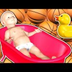 3D BABY Doll Bath Time Learn Colors Basketball Color Balls M&M's Candy – Teach Colours for Kids