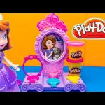 SOFIA THE FIRST Play Doh Disney Junior Amulet and Jewels Vanity Playset