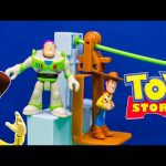 TOY STORY Disney Pixar Toy Story Woody and Buzz Sunnside Breakout Toys Video Unboxing