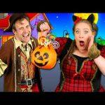 Feliz Halloween – Kids Halloween Song | Learn Spanish words! Halloween songs for children