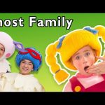 Ghost Family + More | HAPPY HALLOWEEN! | Mother Goose Club Phonics Songs